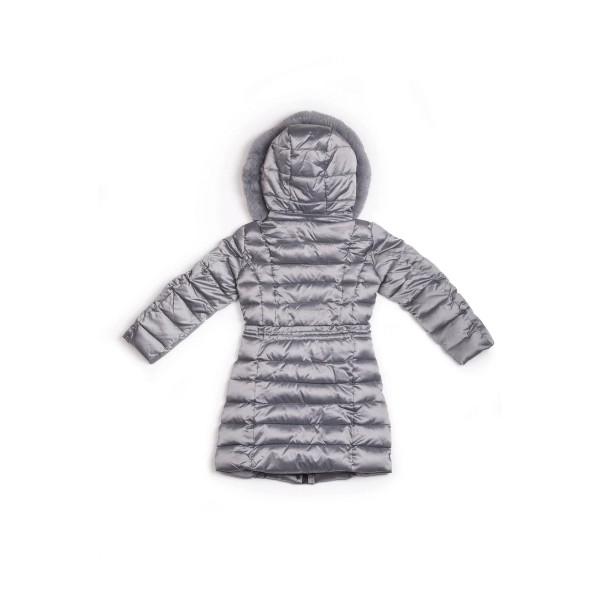 Μπουφάν κοριτσιού σε γκρι γυαλιστερό χρώμα με τσέπες στο μπροστινό μέρος,λεπτομέρεια σούρας στη μέση,γούνινη κουκούλα της εταιρίας  Coconudina