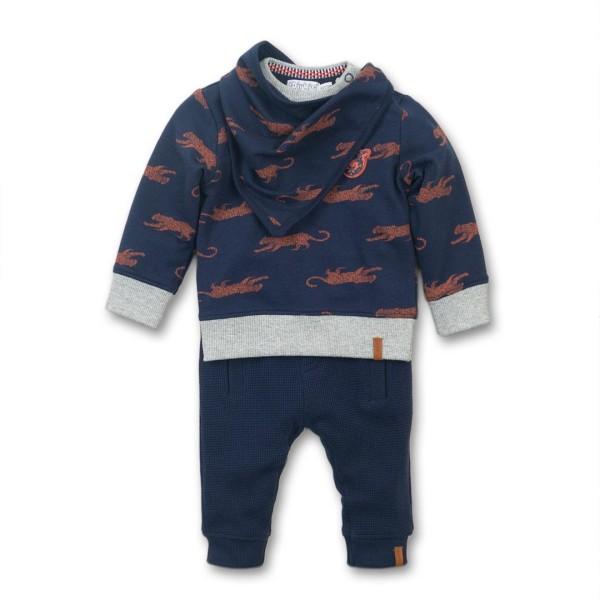 Σετ αγοριού 2 τεμαχίων βαμβακερή  φούτερ μπλουζα σε μπλε χρώμα με σχέδιο ζωάκι και παντελόνι φόρμας με τσέπες σε μπλε χρώμα της εταιρίας Dirkje (Δώρο σαλιάρα)