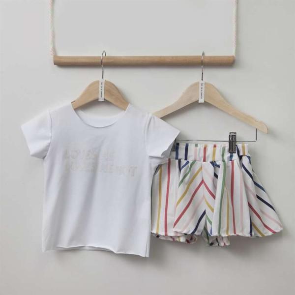 Σετ κοριτσιού μπλουζάκι λευκό και σορτς με πολύχρωμες ρίγες Two in a Castle
