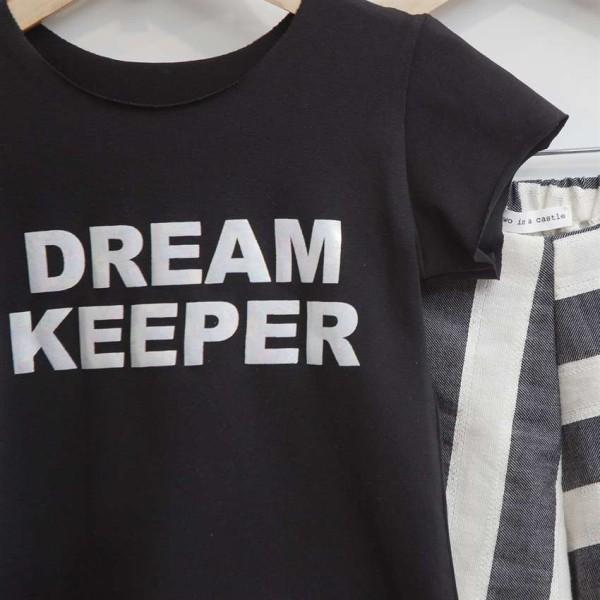 Σετ κοριτσιού μπλουζάκι μαύρο με τύπωμα στο μπροστινό μέρος και σορτς ασπρόμαυρο Two in a Castle