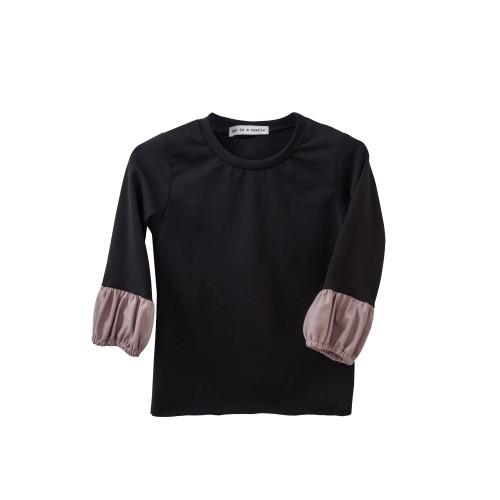 Μπλούζα  μαύρη κοριτσιού με λάστιχο στα μανίκια σε μαύρο χρώμα και λεπτομέρειες  ροζ απο βιολογικό βαμβάκι  - Two in a Castle
