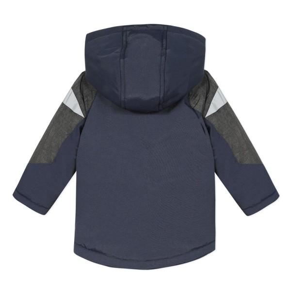 Μπουφάν parka αγοριού σε χρώμα μπλε με κουκούλα και γκρι λεπτομέρειες στα μανίκια της εταιρίας 3pommes